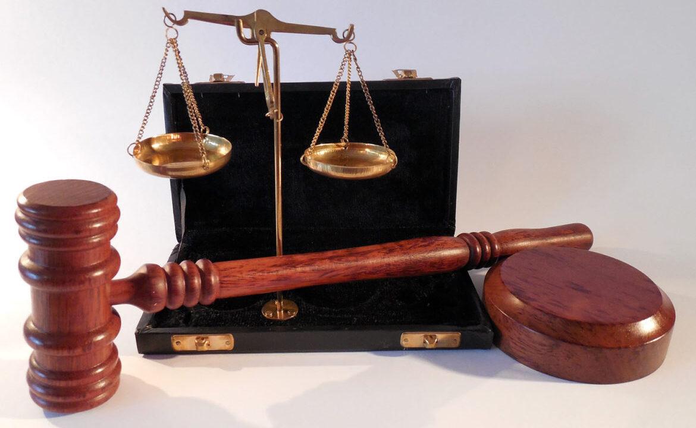 https://www.4dealer.it/wp-content/uploads/2019/05/sentenze-1170x780-1-1170x720.jpg