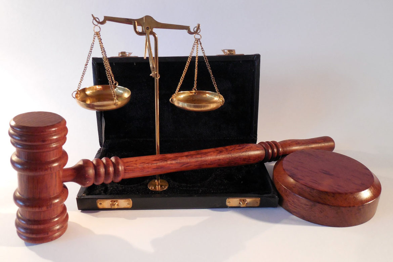 https://www.4dealer.it/wp-content/uploads/2019/05/sentenze-1170x780-1.jpg
